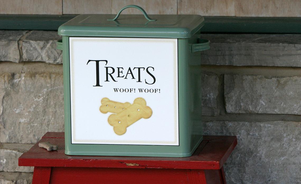 dog treats box